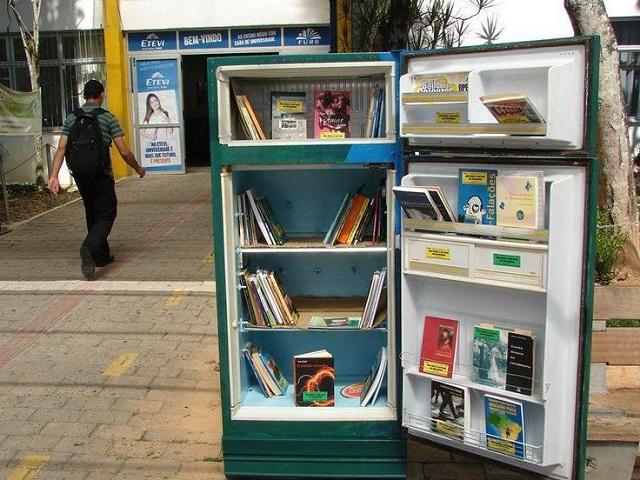 Un frigo libreria!